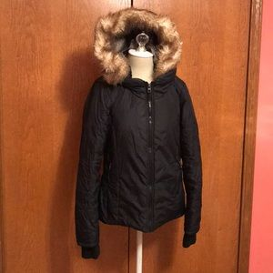 Bench hooded winter coat